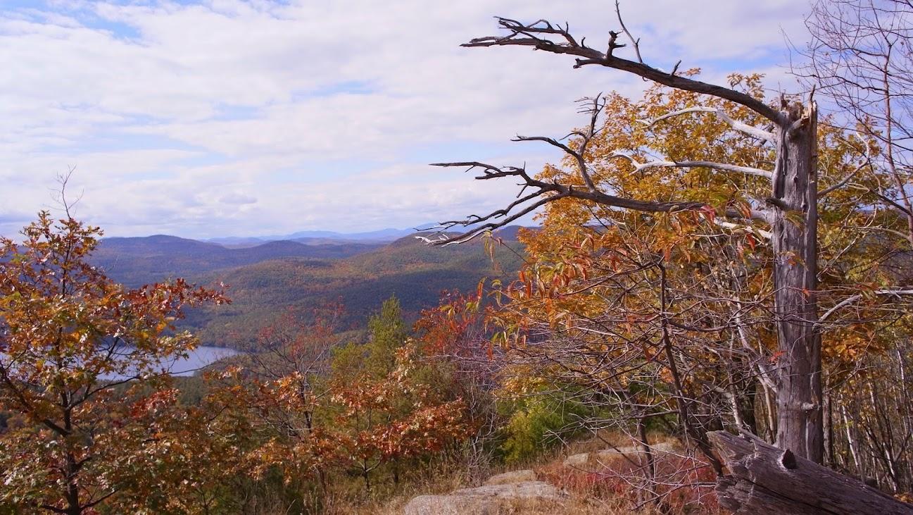 山脊線上一景