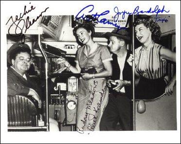 The Honeymooners: los Kramden (Jackie Gleason y Audrey Meadows) y los Norton (Art Cartney y Joyce Randolph