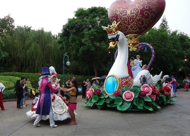 Flights of Fantasy Parade at Disneyland Hongkong