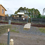 Looking towards Cowan Station (348262)
