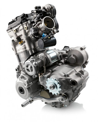 2011-KTM-350-SXF-Engine