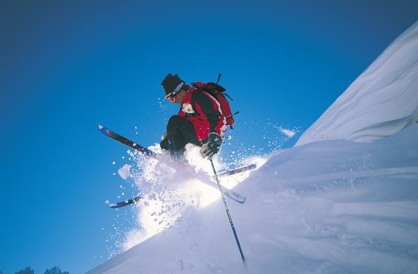 Подготовка горных лыж и сноубордов к сезону