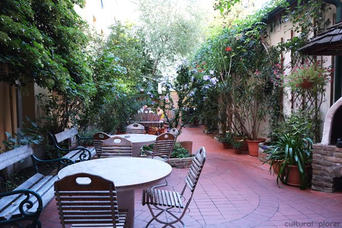 Hostel Ruthensteiner Garden Dining