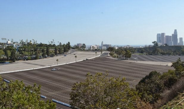 Dodger Stadium, parking