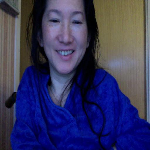 Elisabeth Lam Photo 6