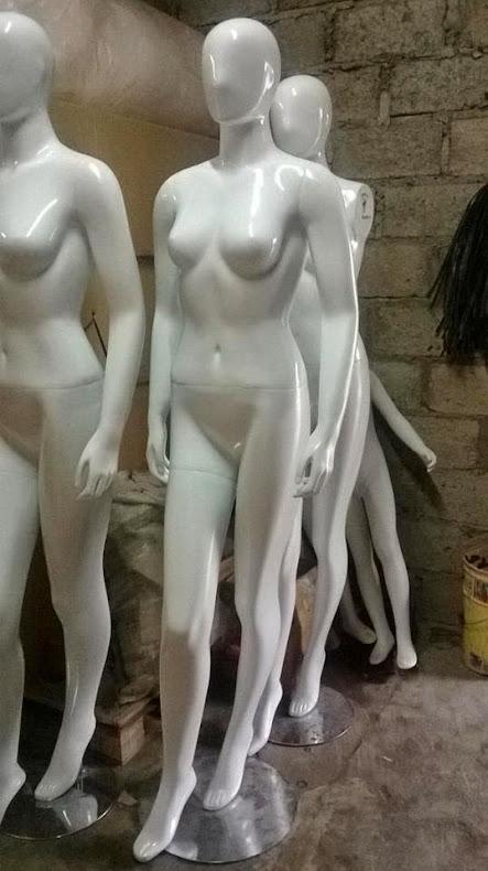 patung baju