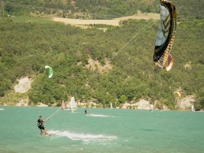 Week-end test Flysurfer-Deluxe Party 2/3 juillet Lac de Monteynard Deluxe_flysurfer_0063