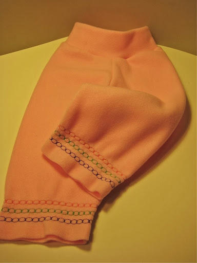 Pink Fleece w/ embroidered leg bands Yoga Longies med