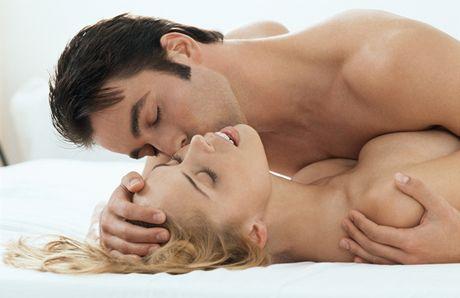 Những tư thế quan hệ tình dục dễ lên đỉnh theo độ tuôi