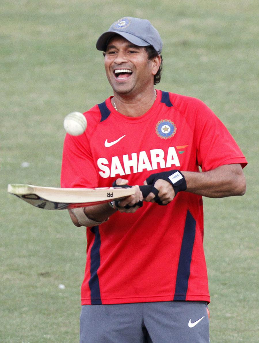 sachin tendulkar information in hindi Sachin tendulkar information in marathi जेव्हा भारतीय क्रिकेटर सचिन तेंडूलकरने.