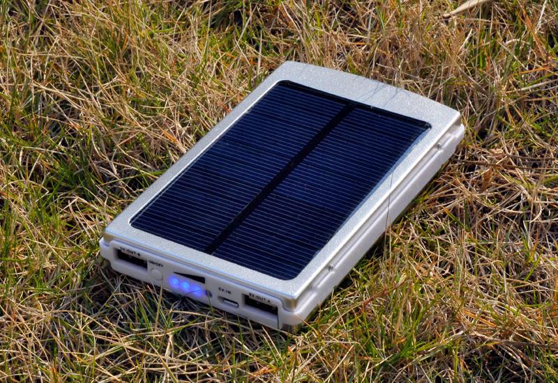 Pannello Solare Per Vw California : Caricabatterie solare compatibile devices ad energia