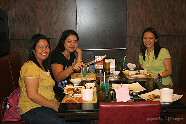 An Eat-All-You-Can Lunch with Friends at Yakimix Trinoma