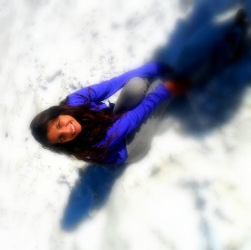 Cinthia Mendez Photo 9