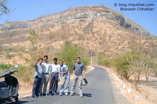 Sixth Photo Game - sixth photo from sixth folder - Pramod, Jitu, Pramod, Avinash and Bhavesh [from left]