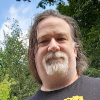 Leigh Jamgochian's avatar