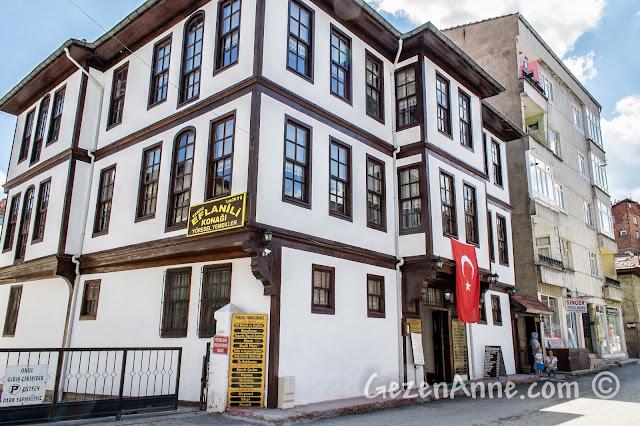 Kastamonu'da restore edilip restoran haline getirilmiş Eflanili Konağı