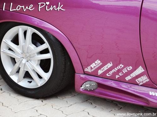 Tuning - Carro cor de rosa