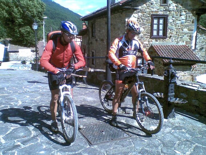 Vuelta al macizo oriental Picos de Europa - Domingo 22 15072011%2528070%2529