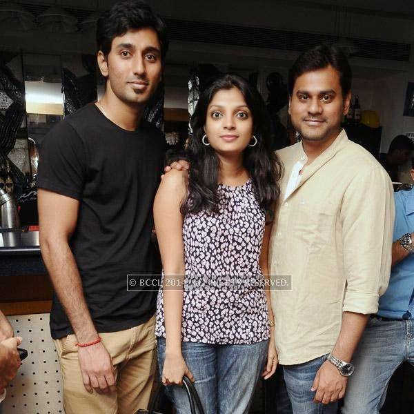 Mahidar, Shruti and Vikram during a Weekend party, held at Zara.