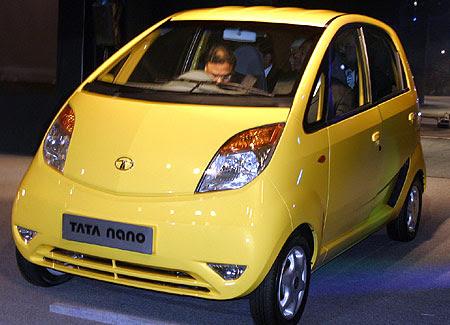 Spesifikasi dan Harga Mobil TATA NANO Terbaru  2013