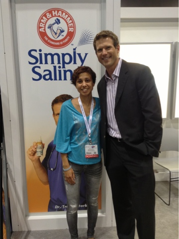 onequartermama.ca at blogher13 with Travis Stork MD from The Doctors