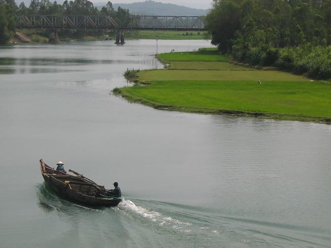Ảnh dòng sông quê