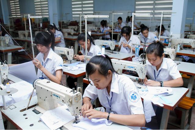 Đơn hàng may mặc cần 9 nữ thực tập sinh làm việc tại Fukuoka Nhật Bản tháng 04/2017