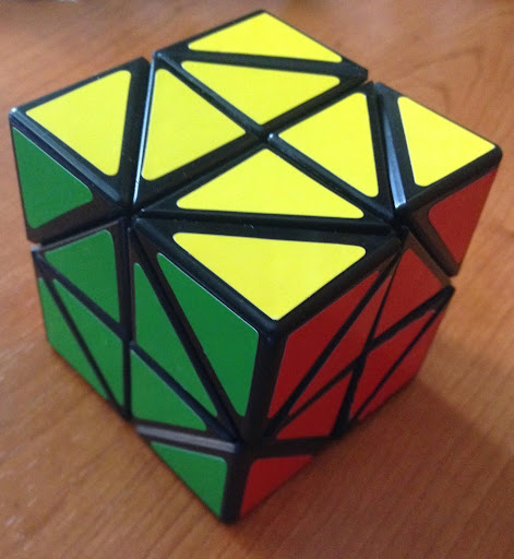 Paca Rubik picture