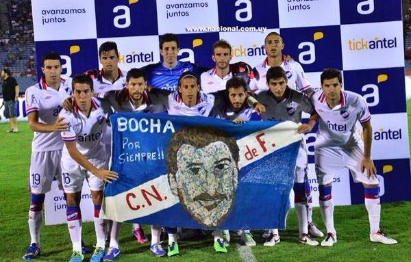 Homenaje de su club de fútbol