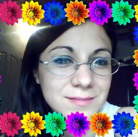 Alicia Quintana Photo 15