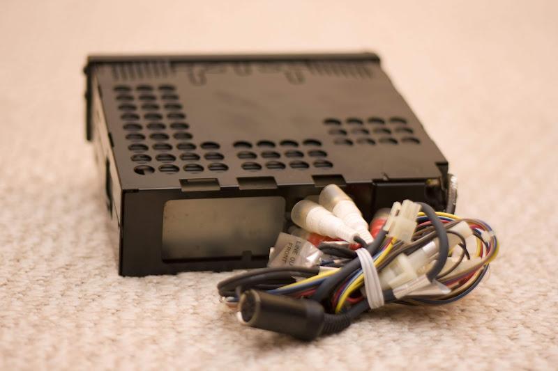 IMG_0845 vintage alpine head unit and din plug corvetteforum chevrolet alpine cdm-7874 wiring diagram at mifinder.co