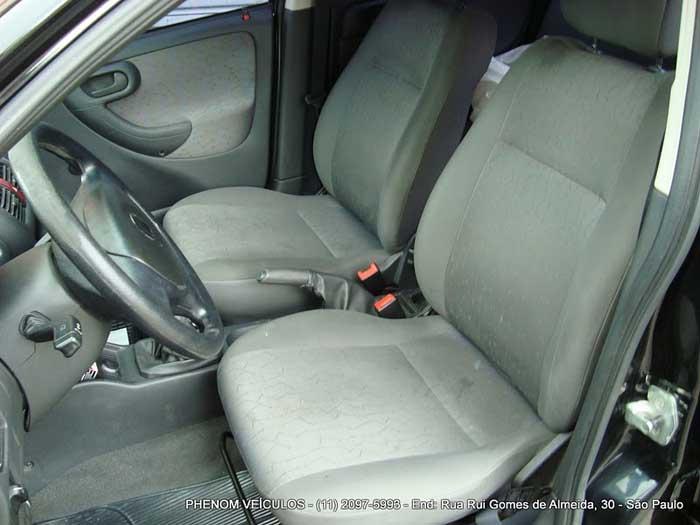 Chevrolet Corsa 2007 Flex com ar-condicionado - interior