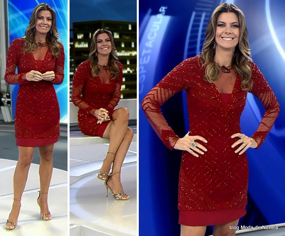 moda do programa Domingo Espetacular - look da Fabiana Scaranzi