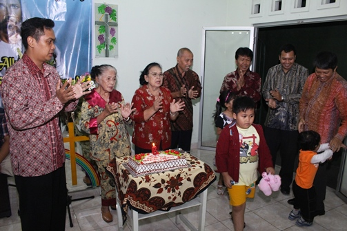 Perayaan 6 Tahun Pelayanan di Rumah Doa Meester Soewidji