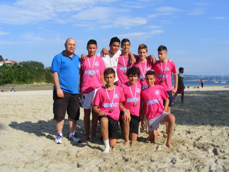 Torneo Fútbol Playa Ares 2012. Coca Juniors Subcampeón Infantil.