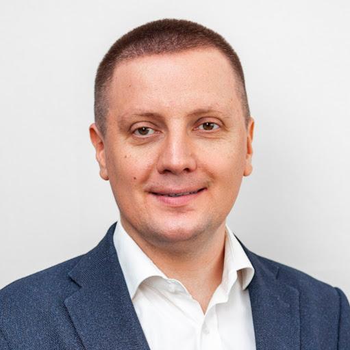 Artem Stupakov