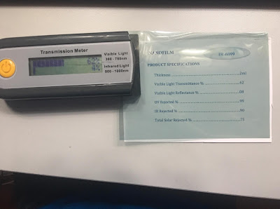 Kiểm tra chất lượng mẫu phim IR 6099 của Nano Film đạt chuẩn chất lượng siêu cách nhiệt