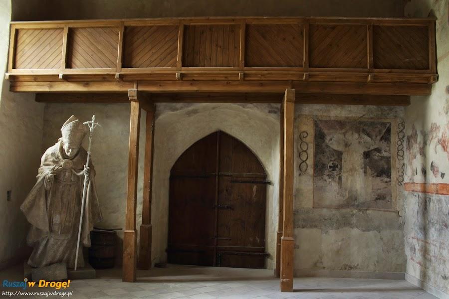 Szydłów - wnętrze kościoła wszystkich świętych