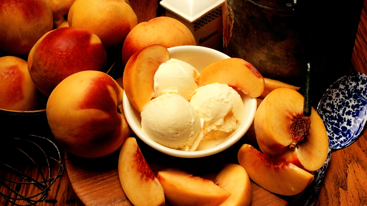 ice cream peaches wallpaper