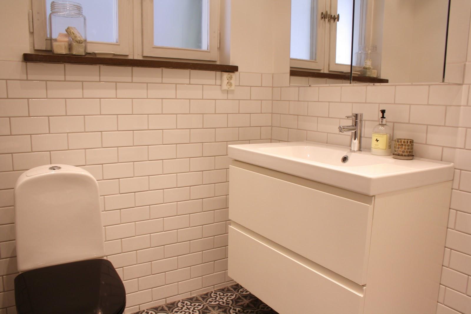 Emelie almhager: marrakechgolv i vårt badrum