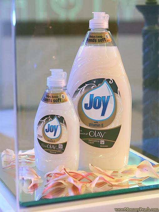 Joy with a Touch of Olay | www.mommypeach.com
