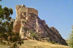 легендарный средневековый замок Муссомели