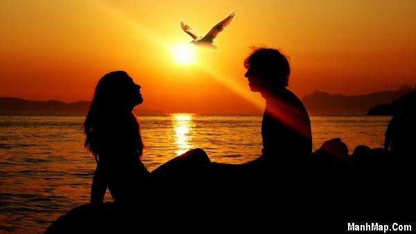 thơ và anh bên biển chiều nay