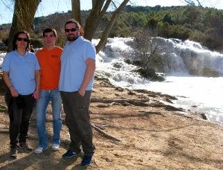 Cascada sobre la laguna Salvadora