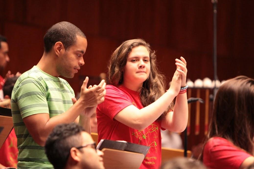 Fraternidad y alegría marcaron el encuentro de la Sinfónica Juvenil Teresa Carreño y la Orquesta Geração de Portugal, durante el intercambio musical que se realizó el pasado 31 mayo en el Grande Auditorio de la Fundación Caloustre Gulbenkian. El reconocimiento cultural fue el único invitado en esta fiesta musical