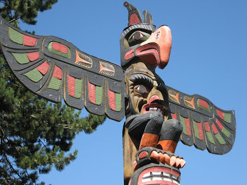 Eagle Totem, Victoria BC