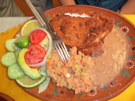 Restaurante Caracuaro, Morelia SAM_0487