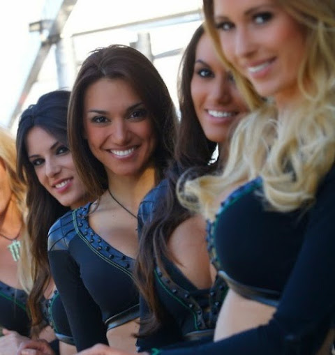 100 hot motogp girls paddock photo gallery