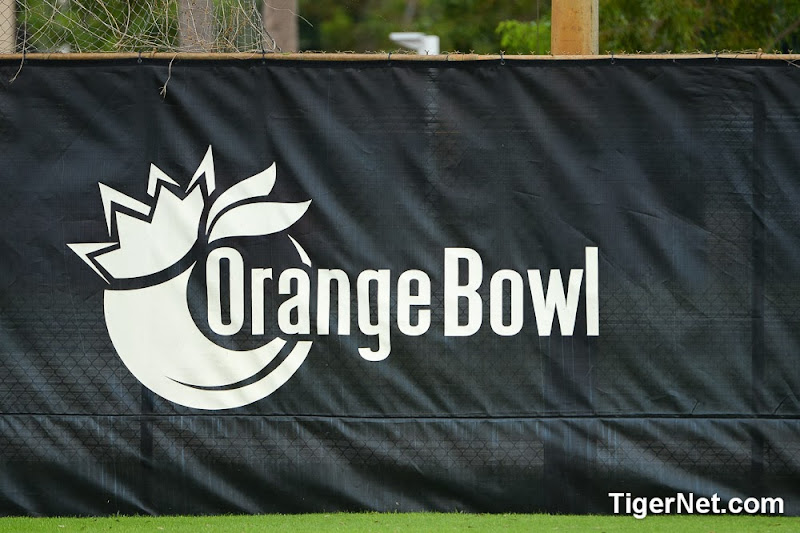 Orange Bowl Practice 1 Photos - Bowl Game, Football, Practice