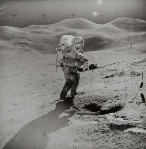 James Irwin David Scott photographs samples on the Moon, Apollo 15, August 1971